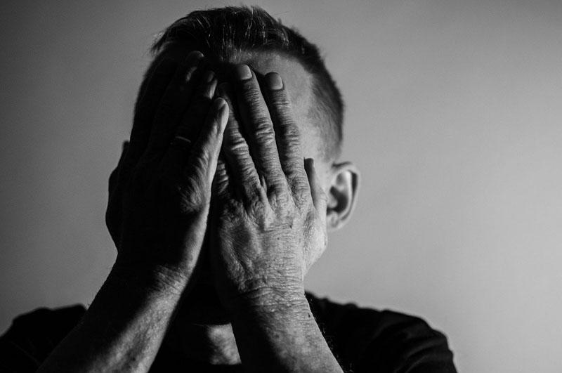 La dysmorphophobie: définition, test et le meilleur traitement
